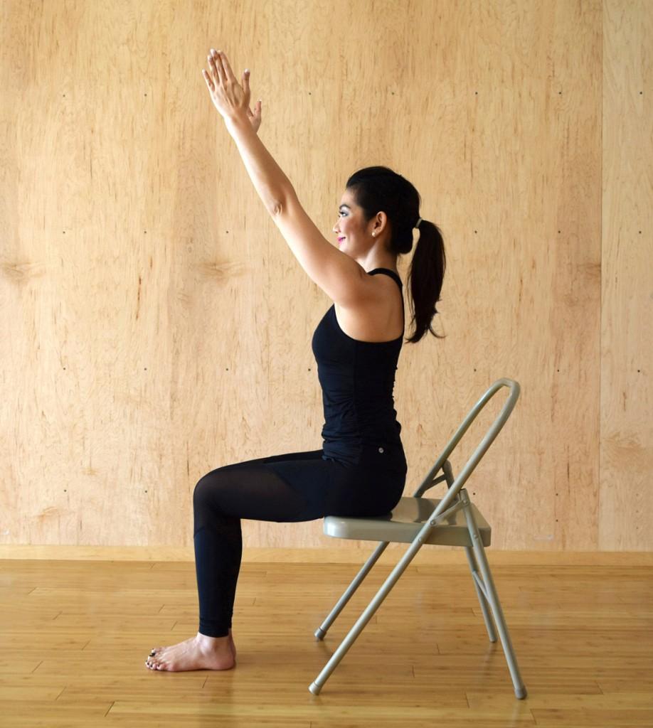 chair-yoga-urdhva-hastasana-arms-e1451969508374-918x1024